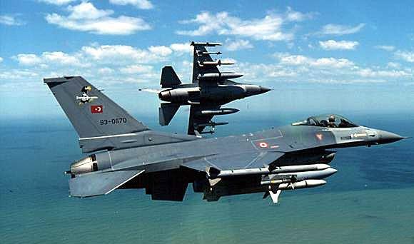 Turchia riprende bombardamenti su posizioni curde in Siria