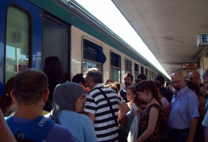 Trenitalia: il 92% dei treni pendolari parte puntuale