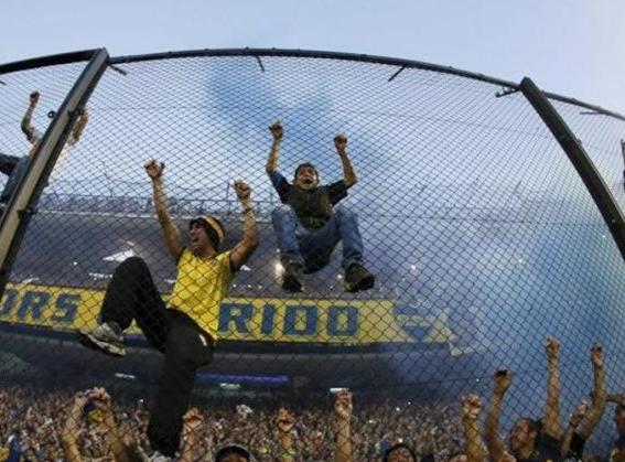 Stato brado: la barra brava tiene in ostaggio il calcio argentino (foto: la rete)